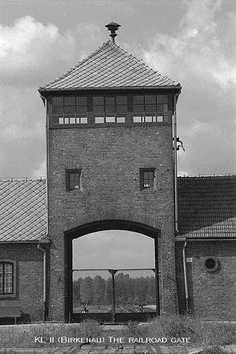 Gaping Gate