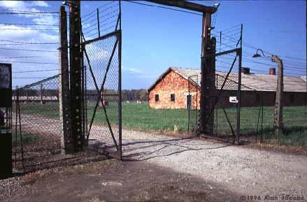 bir-womens-gate